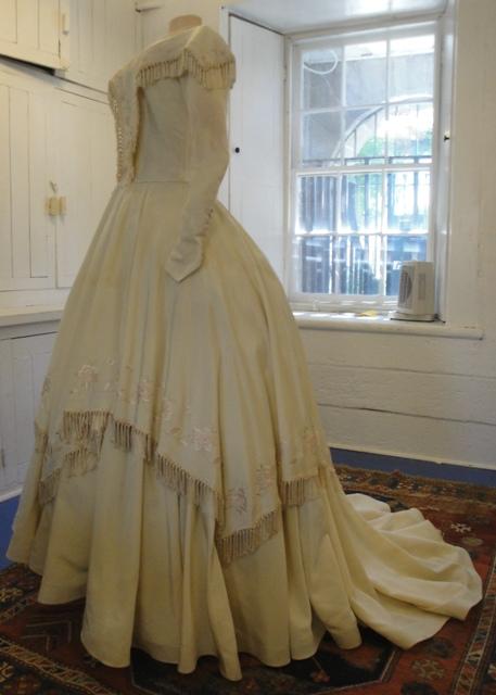 Chavannes Wedding Gown (2012.1.1)